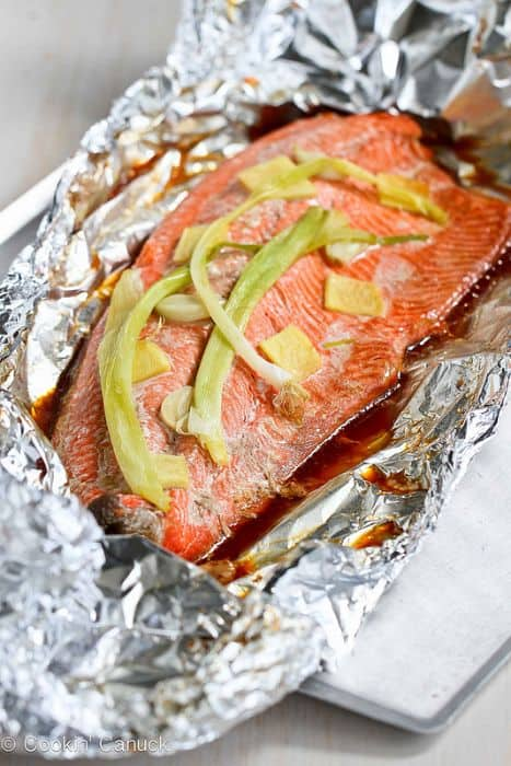 Ginger & Soy Sauce Grilled Salmon in Foil