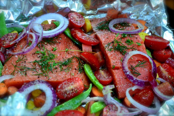 Grilled Salmon and Vegetable Bundles